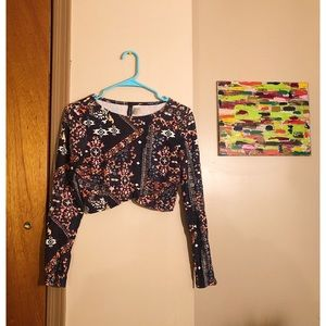 H&M Dark Blue & Pink Patterned Crop Top